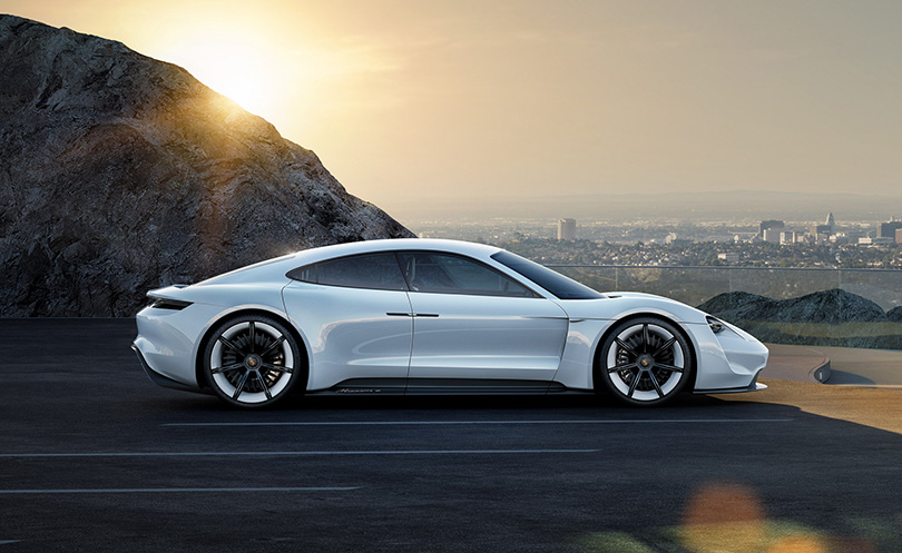 Cars with Jan Coomans. Year inreview with Porsche: hybrids, racing and the Russians' special passion for SUV. Porsche's Mission E concept ca