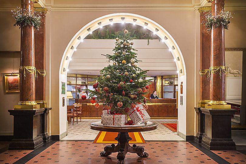 Где отмечать Новый год: праздники влучших отелях Санкт-Петербурга. Belmond Grand Hotel Europe