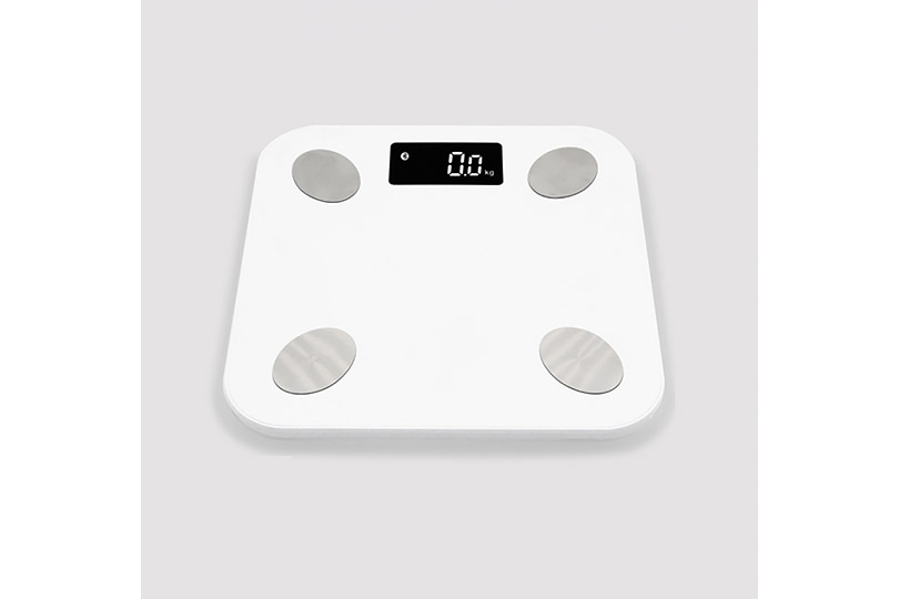 Идея высокотехнологичного подарка. «Умные» электронные весы MGB Body Fat Scale, анализирующие состав тела