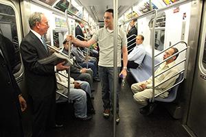 Men inPower: Майкл Блумберг пожертвовал 75миллионов долларов настроительство арт-центра вНью-Йорке