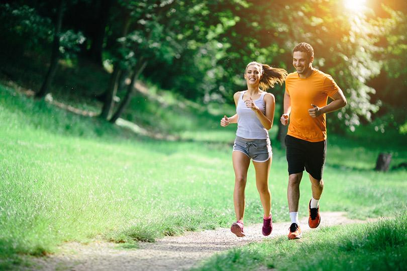 Только вперед: как начать бегать и не навредить себе?