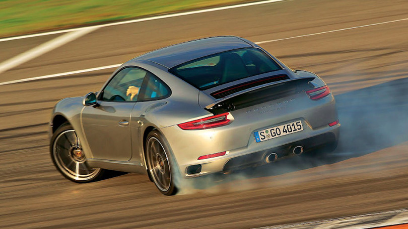 Cars with Jan Coomans. Year inreview with Porsche: hybrids, racing and the Russians' special passion for SUV. Porsche 911 Carrera 2S