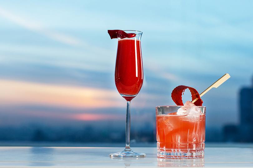 20 лучших идей ко Дню всех влюбленных в ресторанах Москвы. Mercedes Bar