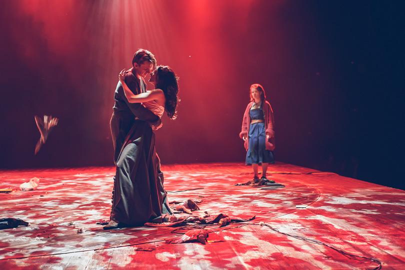 Непроходили мы«Му-му»: первый спектакль Дмитрия Крымова вТеатре Наций