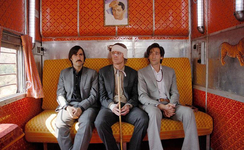 Что посмотреть ввыходные: фильмы опутешествиях. «Поезд наДарджилинг. Отчаянные путешественники», 2007