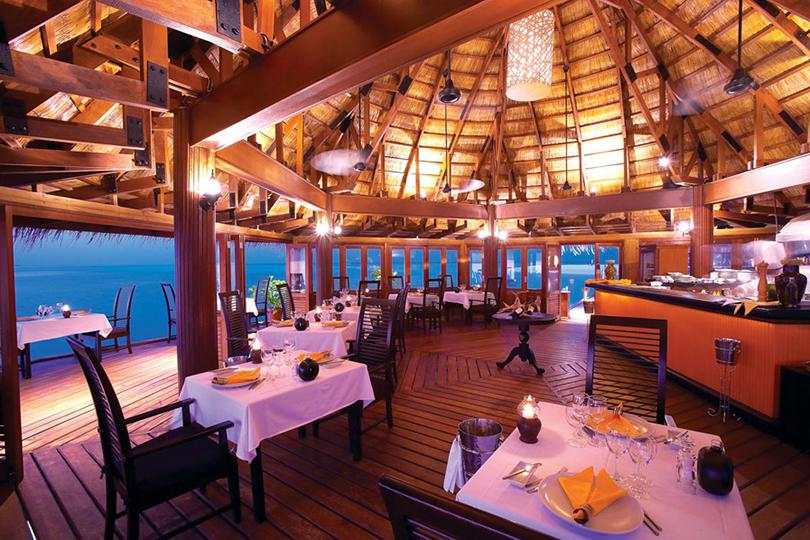 Куда поехать на 14 февраля: 101 развлечение для всей семьи и доступный люкс на Мальдивах