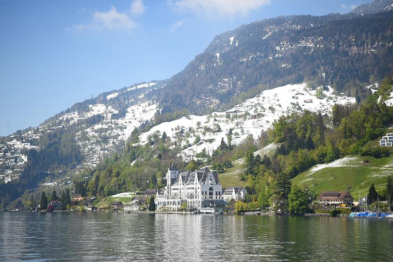 Планы налето. ОтЛюцерна доЛугано: швейцарские каникулы Ирины Гриневой. Park Hotel Vitznau, Витцнау