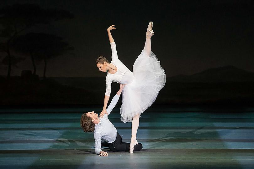 Танец стенями: вБольшом театре состоялась премьера скандального балета «Нуреев»