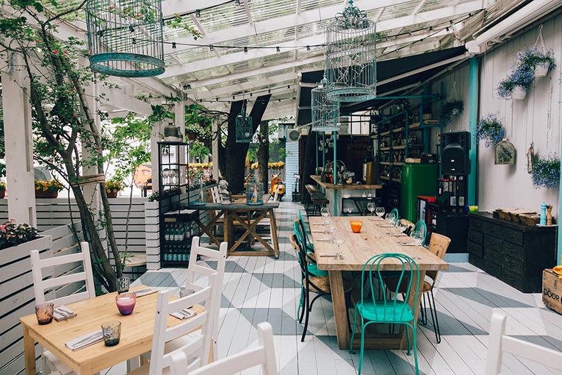 Насвежем воздухе: где пообедать впервый уикенд сентября. 15Kitchen+Bar