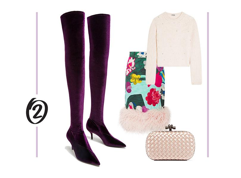 Юбка, Prada; пуловер, Miu Miu; бархатные ботфорты, Zara; клатч, Bottega Veneta
