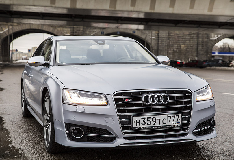 Cars with Jan Coomans: Audi S8 Plus review