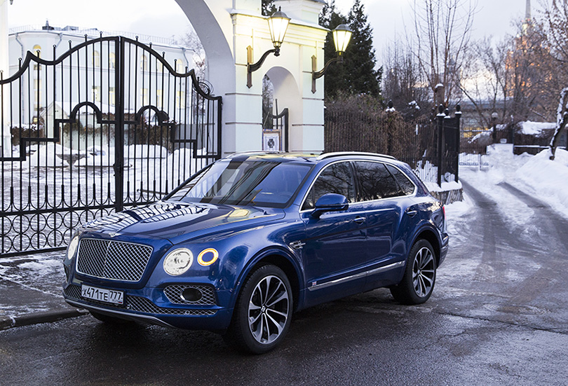Cars with Jan Coomans. Bentley Bentayga review: how much is too much?
