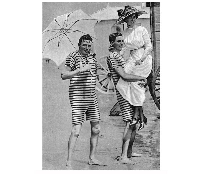 Непросто купальник: история курортной моды наВДНХ