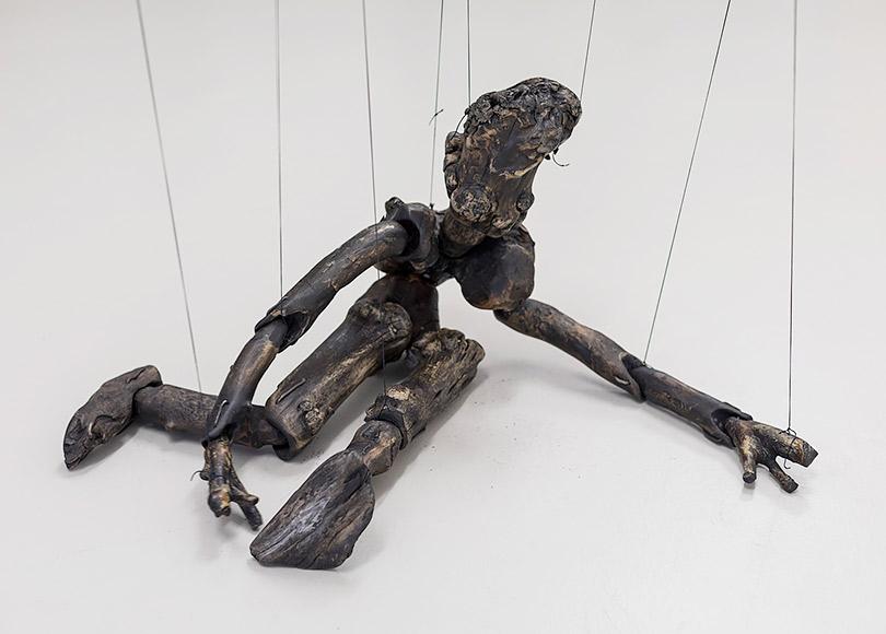 Фрагмент инсталляции Риккардо Джаккони «Варьирующийся статус»
