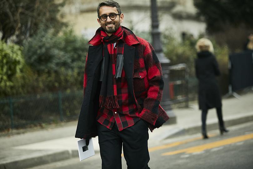 Street Style: эксклюзивные фотографии совторого дня Недели кутюра вПариже вобъективе ИноКо. Модный редактор Саймон Марчетти