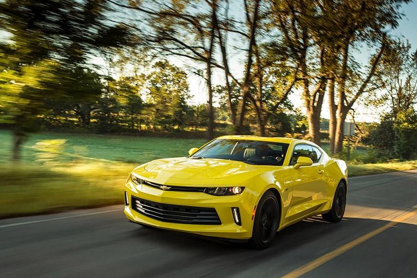 Спорткар Chevrolet Camaro— для молодых