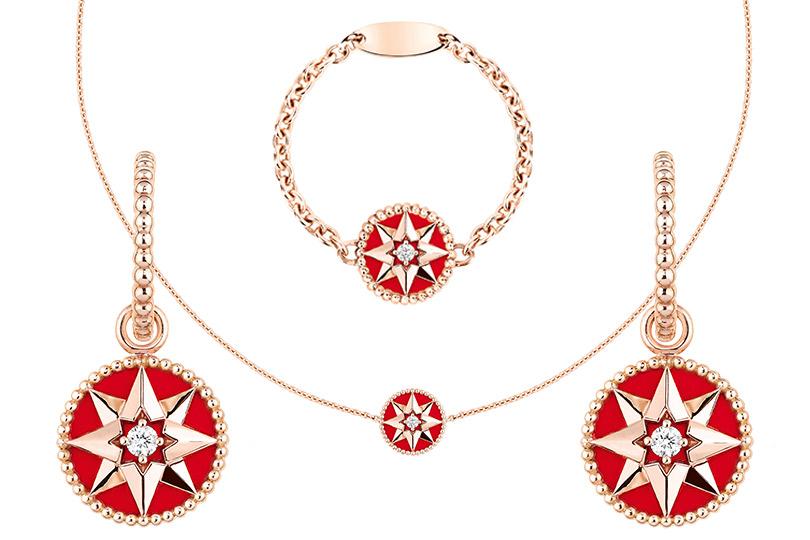 Dior: браслет, ожерелье исерьги Rose des Vents