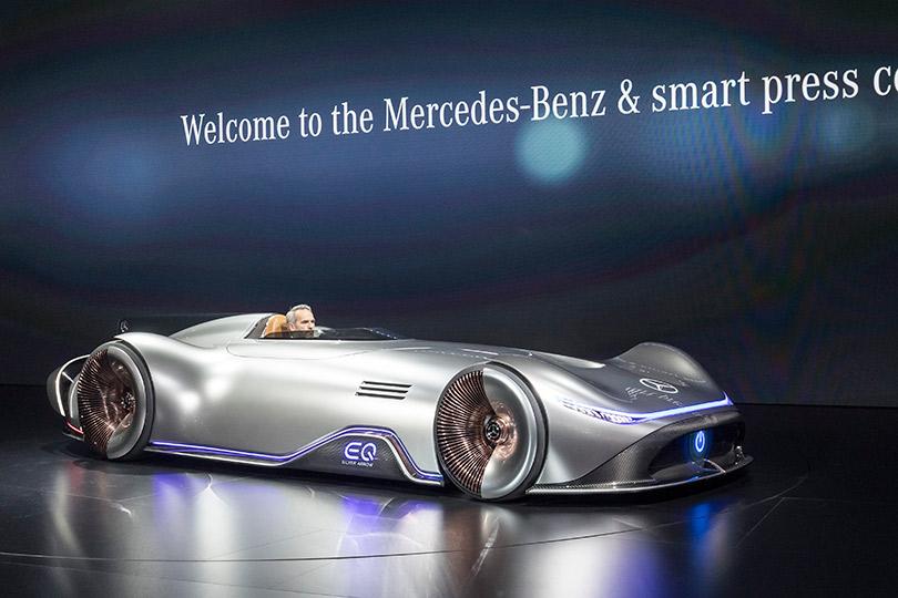 Concept car— Mercedes-Benz EQSilver Arrow