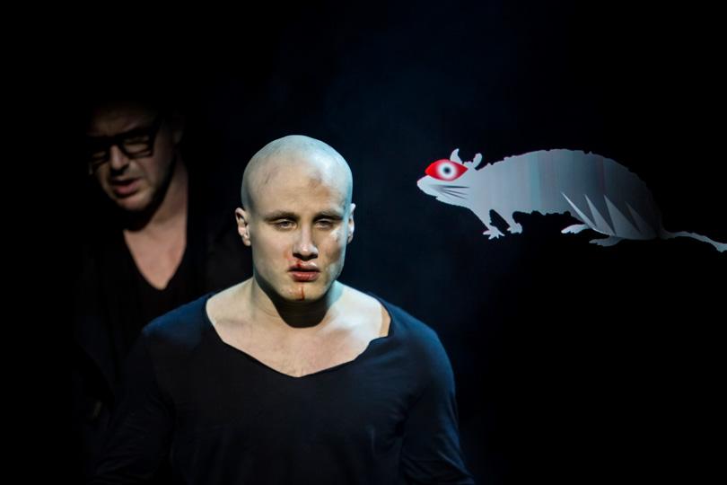 В«Гоголь-центре» прошла премьера спектакля «Маяковский. Трагедия»