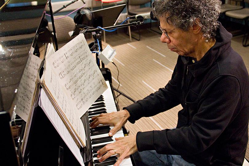 Мастер, который хотел быть вечным учеником: ушел из жизни джазовый пианист Чик Кориа