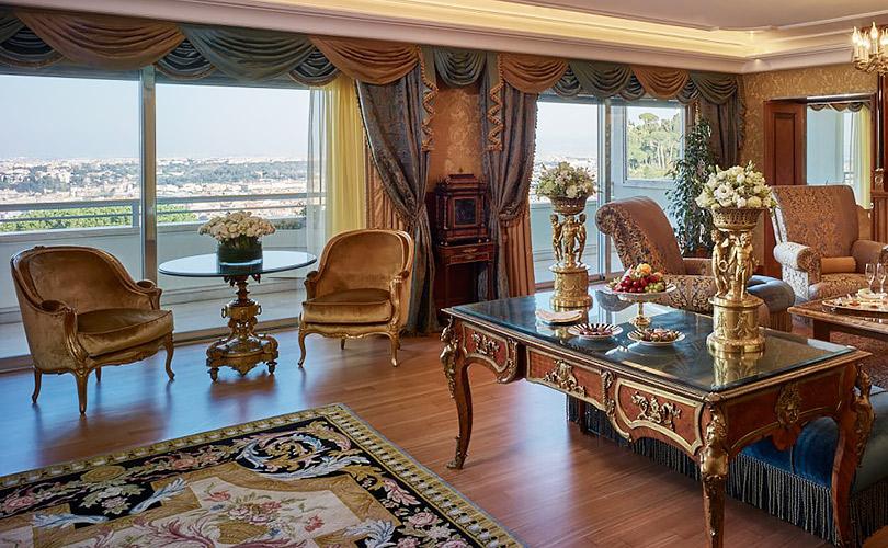 Вотель как вмузей: где остановиться вИталии, чтобы жить среди произведений искусства. Rome Cavalieri, Waldorf Astoria Hotels &Resorts (Via Alberto Cadlolo, 101), Рим