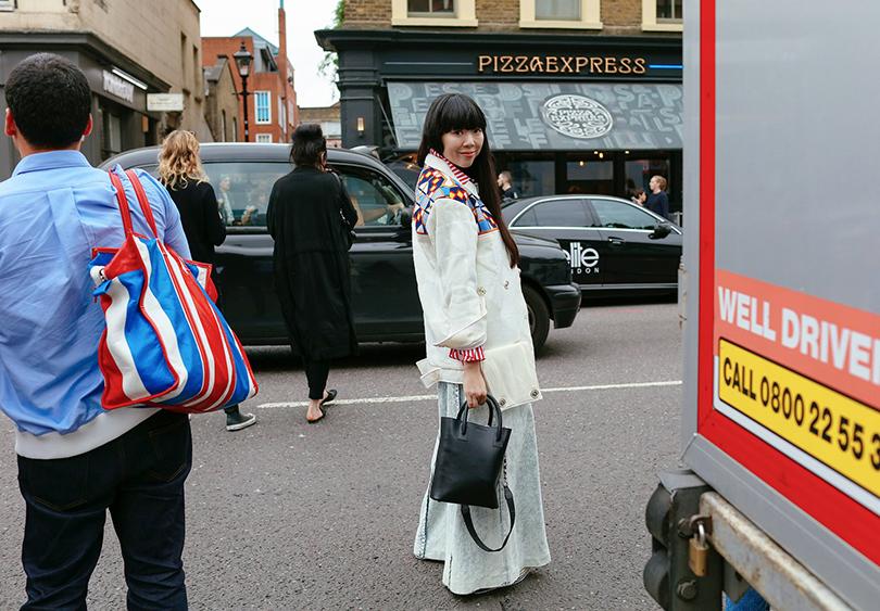 Street Style: лучшие образы на Неделе моды в Лондоне. Модный блогер Сьюзи Лау