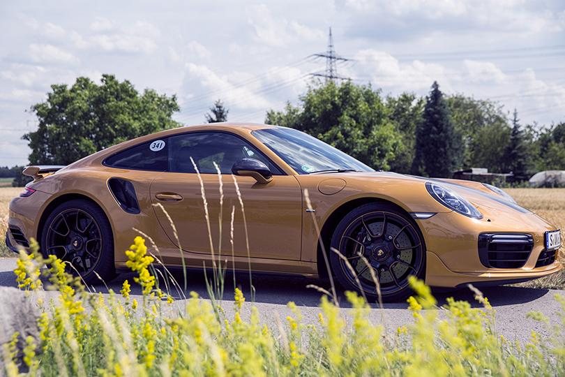 Новый Porsche 911 Turbo SExclusive Series: зарулем изаодним столом сего создателями
