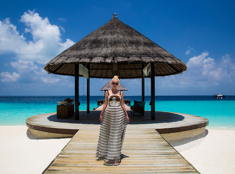 #PostaTravelNotes: Яна Рудковская иЕвгений Плющенко наКоролевской вилле вJumeirah Vittaveli Maldives