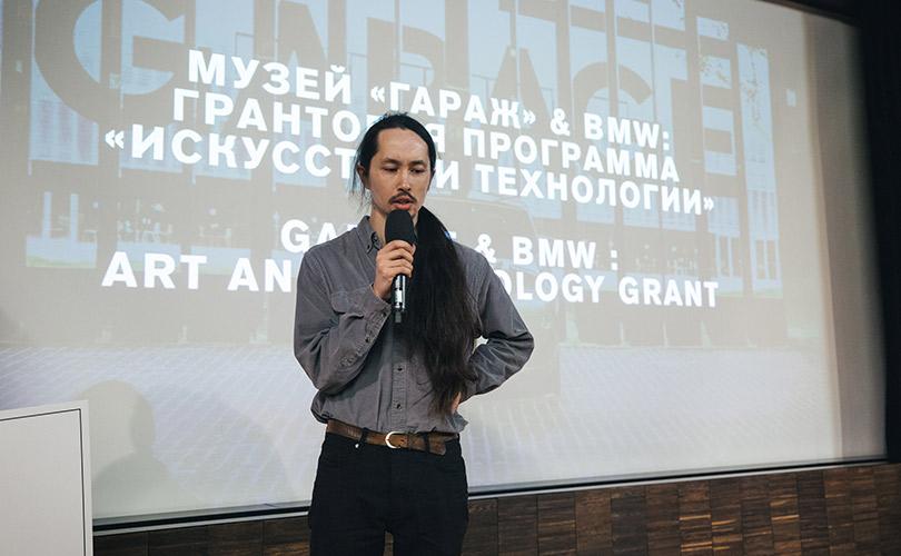 Художник Сергей Касич