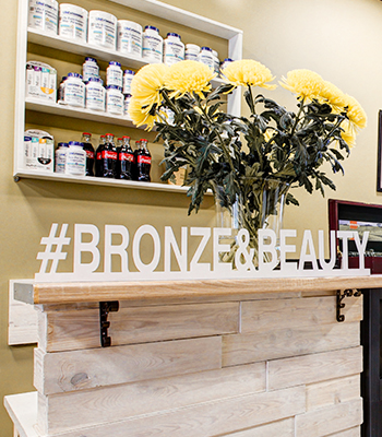 Салон Bronze & Beauty: сертификат на шесть процедур и плазмолифтинг в подарок
