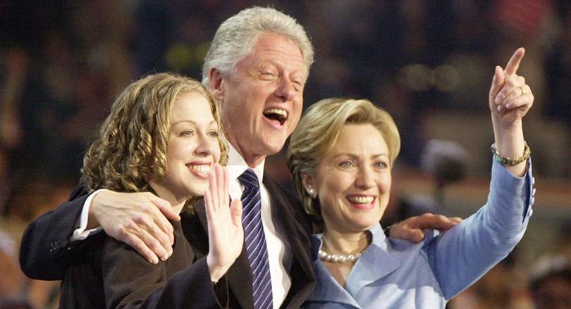 Хиллари и Билл Клинтон с дочерью Челси