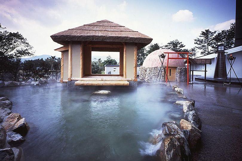 Куда поехать весной. Огненный остров Кюсю: термальные источники, песчаные ванны исвященная гора пилотов-камикадзе