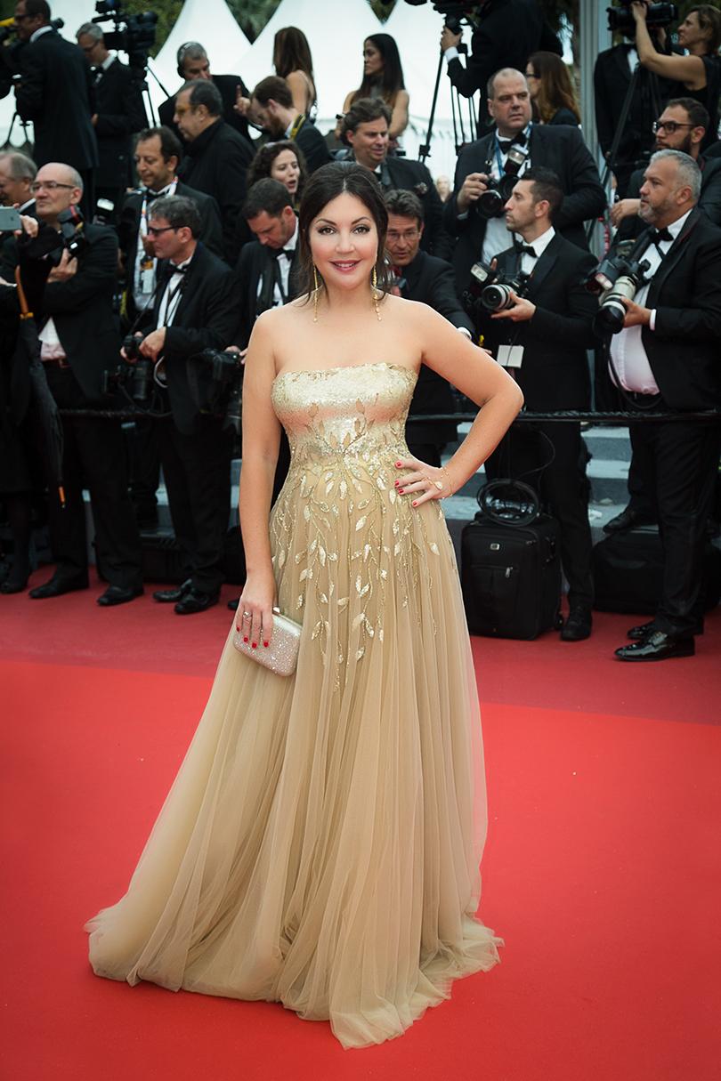 Cannes 2016: самые яркие звездные образы на церемонии открытия кинофестиваля. Мария Лемешева вTony Ward иукрашениях KoJewelry
