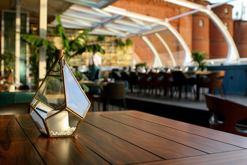 Новый ресторан: Maybe накрыше Бадаевского завода