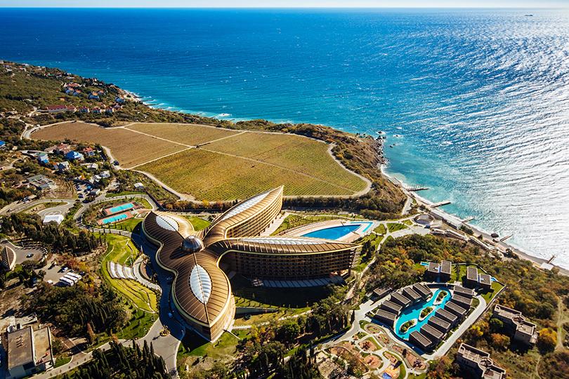 Планы налето: грязь, дыня ибурлящая купель, или Спа-каникулы вКрыму вMriya Resort &Spa