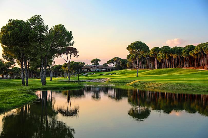 Планы налето: играем вгольф вRegnum Carya Golf &Spa Resort вБелеке