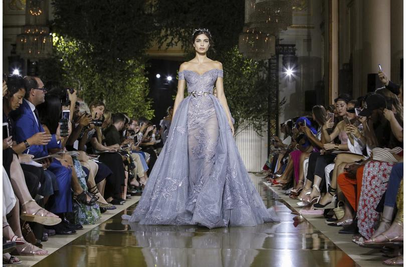 Показы Zuhair Murad иElie Saab наНеделе высокой моды вПариже