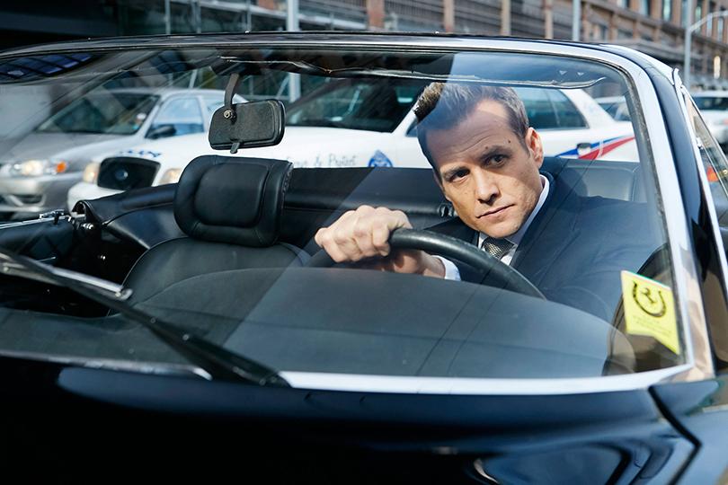 Как уДжеймса Бонда иСтива Маккуина: машины Харви Спектера