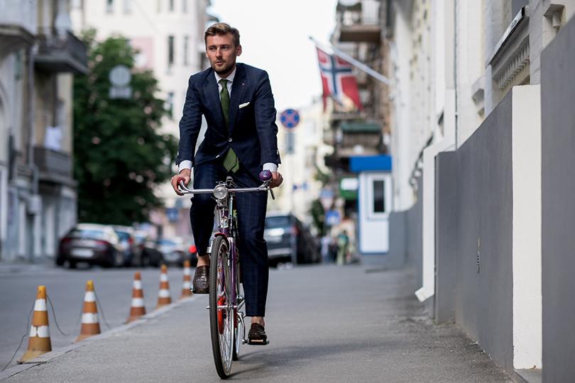 На работу на велосипеде: сжигаем калории вместо бензина