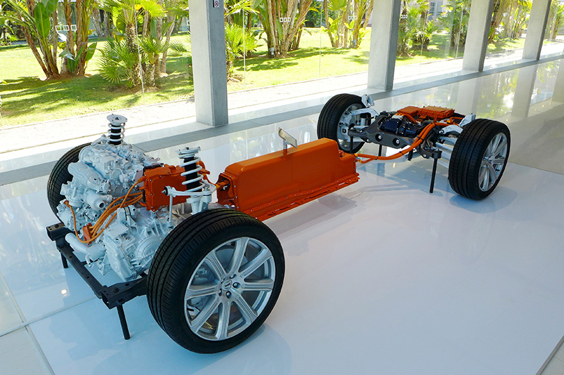The T8hybrid powertrain asitisfound inthe XC90 and S90